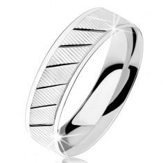 Gyűrű 925 ezüstből, recézett felszín, átlós fényes bevágások