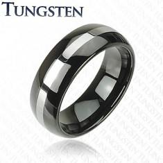 Fekete tungsten karikagyűrű, ezüst színű sáv, lekerekített felszín, 8 mm