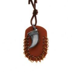 Műbőr nyaklánc, medálok - barna ovális forma kis karikákkal és hajlított agyar