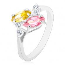 Gyűrű ezüst árnyalatban, rózsaszín és sárga cirkóniás szem, átlátszó cirkóniák