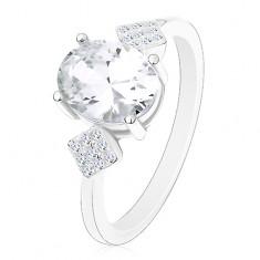 925 ezüst gyűrű, ovális cirkónia átlátszó színben, cirkóniás rombuszok