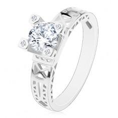 Eljegyzési gyűrű - 925 ezüst, kivágások a szárakon, átlátszó cirkónia díszes foglalatban