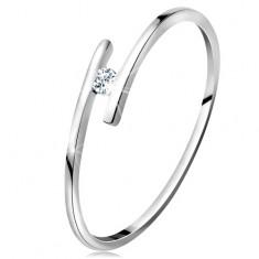 Gyűrű fehér 14K aranyból - vékony fényes szárak, csillogó átlátszó briliáns