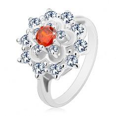 Gyűrű ezüst árnyalatban, nagy átlátszó virág narancssárga középpel