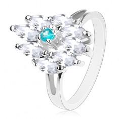 Gyűrű ezüst színben, akvamarin kék közép és átlátszó szemek