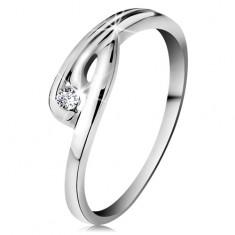 Gyűrű fehér 14K aranyból - csillogó átlátszó gyémánt, hajlított szárak bemetszéssel