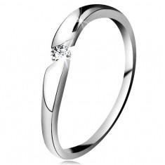 Gyémánt gyűrű fehér 14K aranyból - átlátszó brilliáns ferde kivágásban