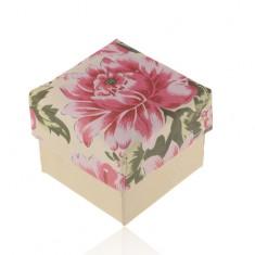 Papírdoboz gyűrűre vagy fülbevalóra, gyöngyházfényű-bézs rózsaszínű virággal
