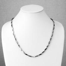 Sebészeti acél nyaklánc, szögletes elemek görög kulcs motívummal