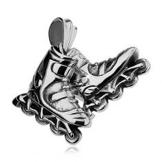 Acél medál ezüst színben, görkorcsolya, enyhe fekete patina