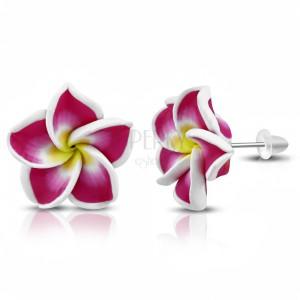 FIMO fülbevaló stekkeres kapcsolással, lila-sárga virág fehér középpel