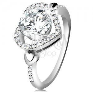 925 ezüst gyűrű, nagy átlátszó cirkónia fényes szív körvonalban