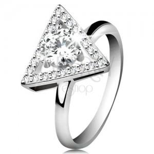 925 ezüst gyűrű - cirkóniás háromszög alakú körvonal, kerek átlátszó cirkónia középen