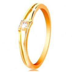 Gyűrű sárga 14K aranyból - kerek átlátszó cirkónia rombuszban, osztott szárak