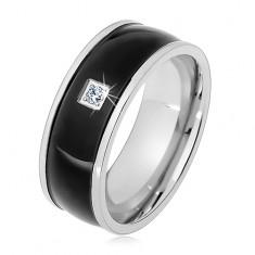 Acél gyűrű ezüst színben, fekete kidomborodó sáv átlátszó cirkóniával