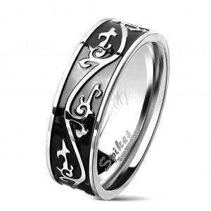 Sebészeti acél gyűrű ezüst színben, mintával díszített fekete sáv, 7 mm