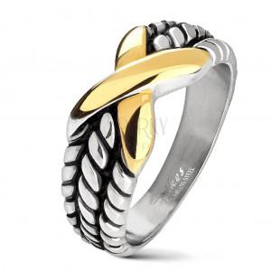 Acél gyűrű ezüst színben, bemetszések a szárakon, arany színű X