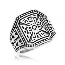 Masszív gyűrű ezüst színben, 316L acél, máltai kereszt, díszített szárak