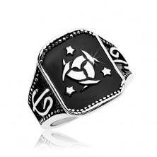 Acél gyűrű, fekete téglalap kelta csomóval és három csillaggal
