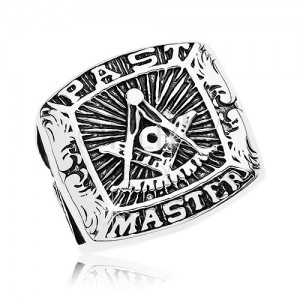 Sebészeti acél gyűrű, szabadkőműves szimbólumok és felirat, fekete patina