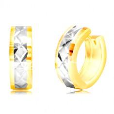 14K karika fülbevaló - fehér arany sáv, rácsos minta
