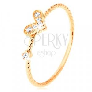 375 arany gyűrű, csavart mintás szárak, csillogó szív, cirkónia