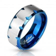 Acél gyűrű - kék és ezüst, díszítő bevágások