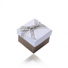 Fehér-barna ajándékdoboz gyűrűre vagy fülbevalóra - barna írásos krém masnival