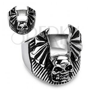 Gyűrű acélból - koponya és denevér szárnyak