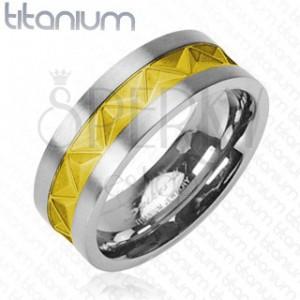 Titánium karikagyűrű - ezüst, arany minta