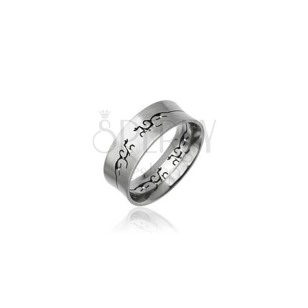 Acél gyűrű kivágott törzsi dísszel