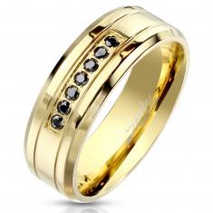 Acél arany színű gyűrű - fekete cirkónia, fényes felület, 8 mm