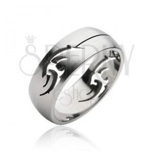 Sebészeti acélból készült gyűrű - törzsi dísz