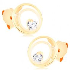 9K arany fülbevaló – összekapcsolt vékony gyűrűk egy csillogó cirkóniával díszítve, beszúrós