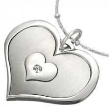 Nemesacél medál - hármas szív cirkónia kővel