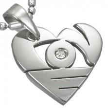 Medál sebészeti acélból ezüst színben, fényes szív vésettel és cirkóniával