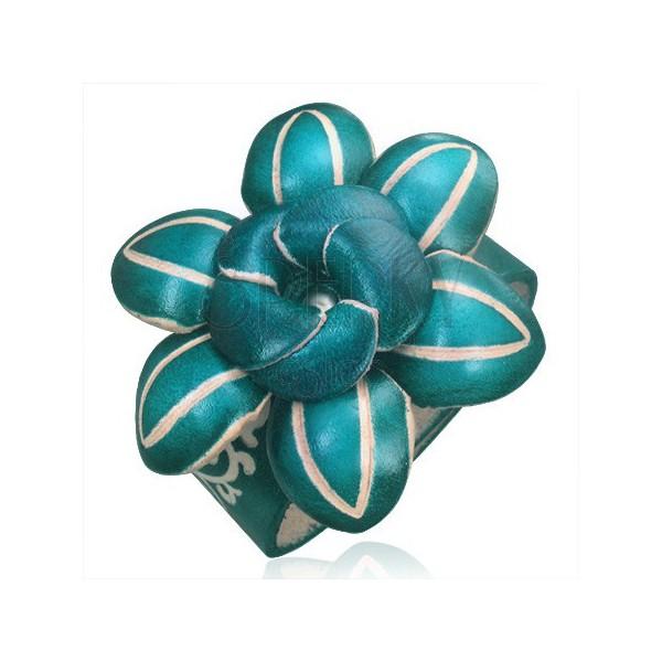Bőr karkötő - sötétzöld 3D virág díszes vésetekkel