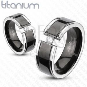 Titánium gyűrű - fekete sáv, cirkónia