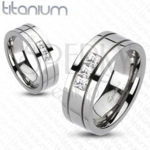 Titánium jegygyűrű - három négyzet cirkónia