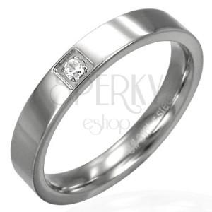 Fényes acél karikagyűrű - négyszögletes cirkónia