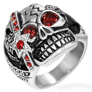 Gyűrű acélból - vad harcos koponya és cirkónia szemek