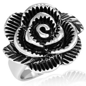 Két színből álló acélgyűrű - hatalmas rózsa