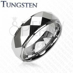 Tungsten gyűrű lemetszett rombusz mintával