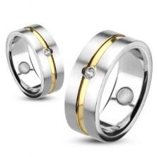 Acél gyűrű arany díszcsíkkal és beágyazott cirkóniával