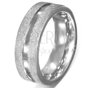 Nemesacél karikagyűrű - szemcsés felület, fényes középső sáv
