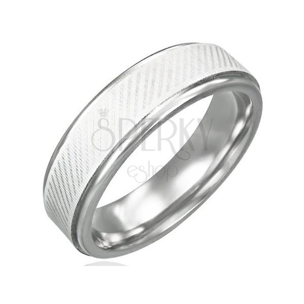 Gyűrű sebészeti acélból - ferde vonalazás