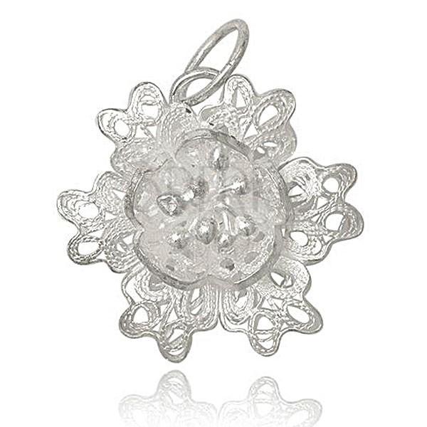 Ezüst medál 925 - csipkés virág porzókkal