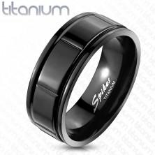 Fekete titánium gyűrű - bemart szegélyek és téglalapok