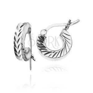 925-ös ezüst karika fülbevaló - ferde bemart vonalak, 12 mm
