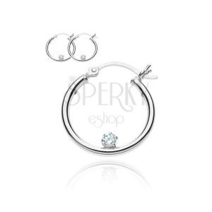 Kerek 925 ezüst fülbevaló - sima, egy cirkóniával a karikában